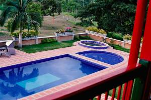 El-Descanso-del-Duque-swimming-pool