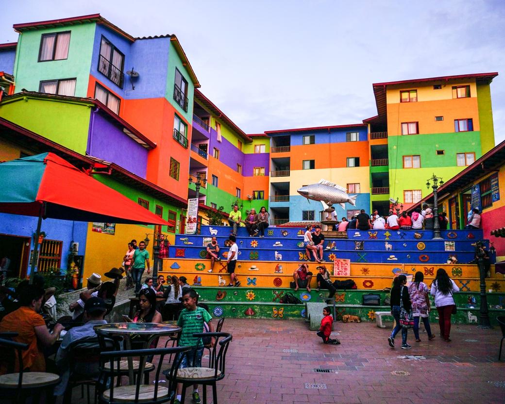 plaza de Guatapé.jpg