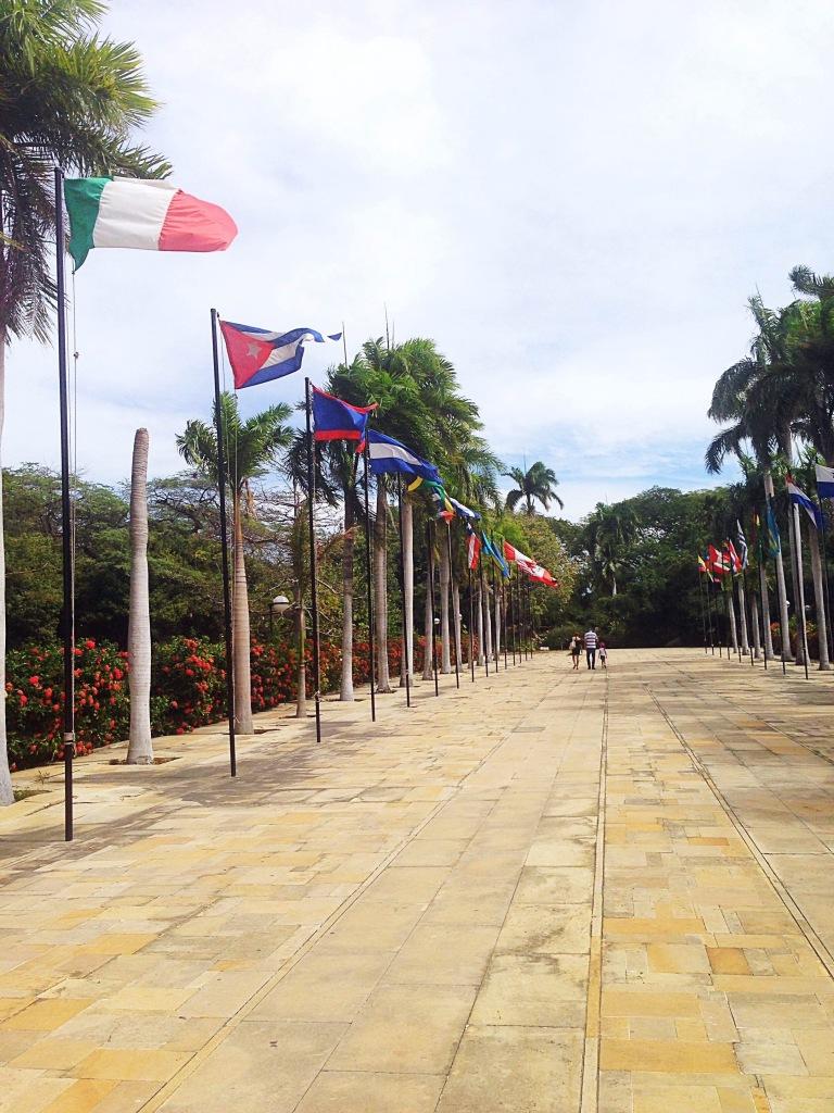 Plaza de banderas La Quinta Santa Marta Colombia