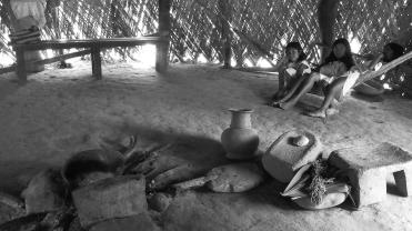 4 - Tairona in der Haupthütte