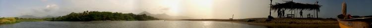 7 - Der Rio Don Diego trifft auf den Atlantik